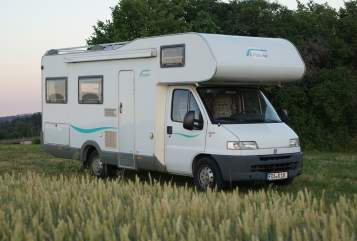 Hire a motorhome in Freudenstadt from private owners| Eiffelland Panoramamobil
