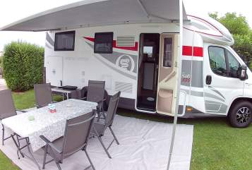 Hire a motorhome in Ziersdorf from private owners| Fiat Andalu Mobil