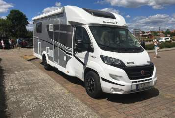 Hire a motorhome in Bernau bei Berlin from private owners| Sunlight Sunlight Active