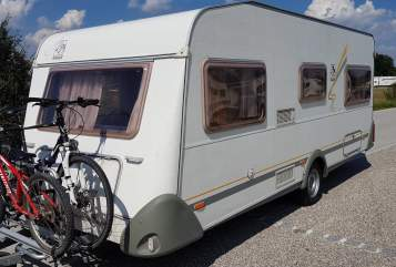 Hire a motorhome in Duisburg from private owners| Knaus Südburg