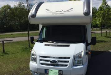 Hire a motorhome in Unterföhring from private owners| XGO Enzo