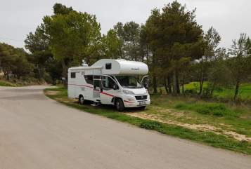 Hire a motorhome in München from private owners| Sunlight RED BULL