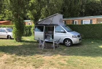 Hire a motorhome in Aachen from private owners| Volkswagen T5 Sonnenschein