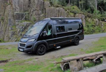 Hire a motorhome in München from private owners| Bravia Diva on Tour