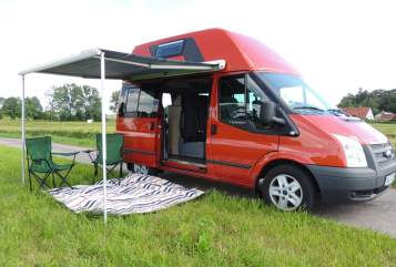 Hire a motorhome in Buchloe from private owners| Ford AllgäuNugget