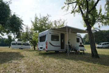 Hire a motorhome in Künzelsau from private owners| Carado Garfield