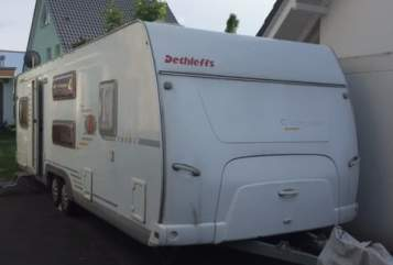 Hire a motorhome in Berlin from private owners| Dethleffs Camper 720SK