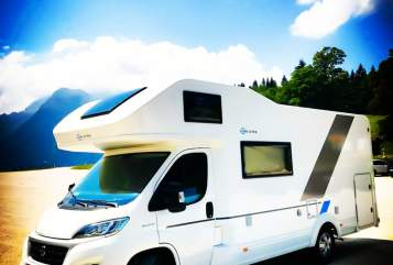 Hire a motorhome in Nürnberg from private owners| Adria Sun Living  LIVI