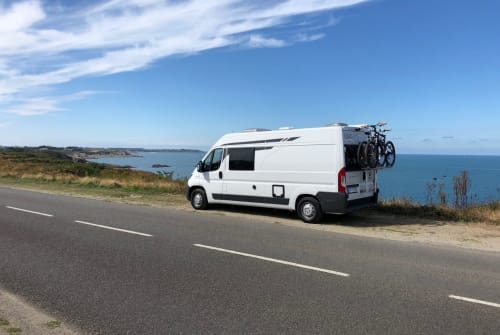 Hire a motorhome in Efringen-Kirchen from private owners| Pössel Louis