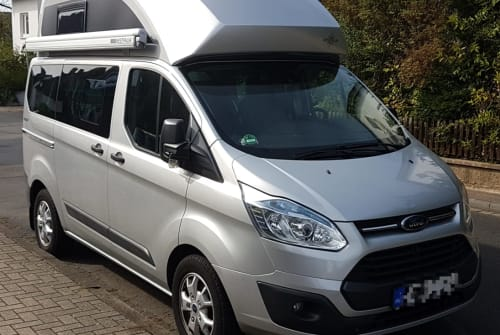 Hire a motorhome in Einbeck from private owners  Ford Fliewatüüt