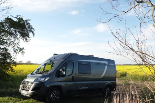 Hire a motorhome in Aventoft from private owners| Citroen Summit All In