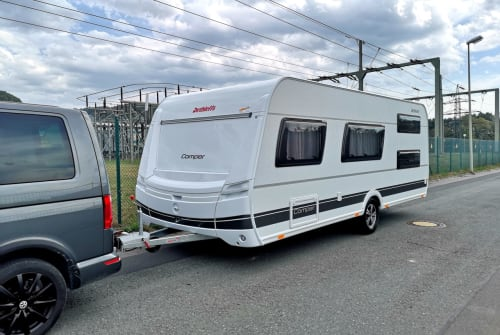 Hire a motorhome in Untersteinach from private owners| Dethleffs Camper 540 QMK