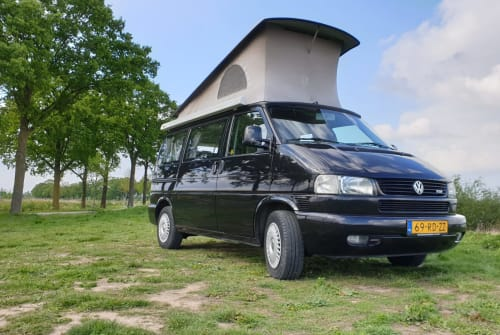 Hire a motorhome in Cuijk from private owners  Volkswagen T4 Free Style