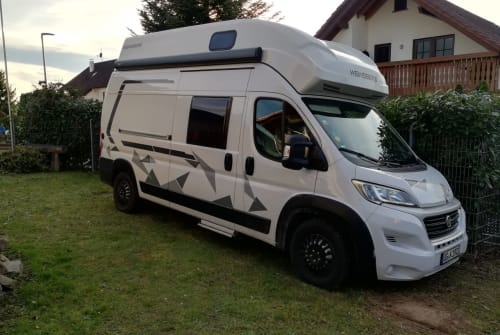 Hire a motorhome in Appenweier from private owners| Weinsberg Carabus Cityplus Autark