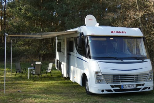 Hire a motorhome in Schloß Holte-Stukenbrock from private owners| Dethleffs Digger
