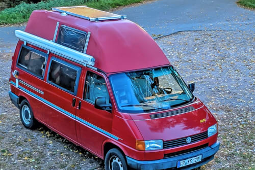 Hire a motorhome in Freiburg im Breisgau from private owners| VW Miss Malibu