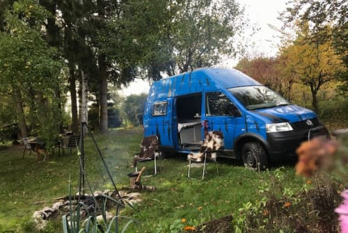 Hire a motorhome in Fischach from private owners  VW  Blue Zebra