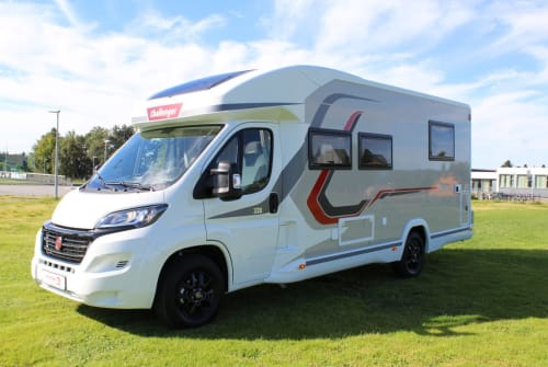 Hire a motorhome in Herford from private owners  Challanger Challenger 328
