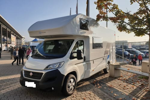 Hire a motorhome in Weingarten from private owners  Sun Living  8Sitzer3.5t AHK