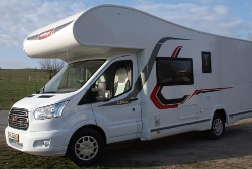 Hire a motorhome in Müglitztal from private owners| Challenger Andreas JJ 69