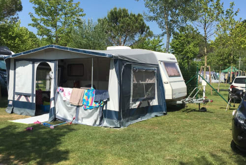 Hire a motorhome in Eiselfing from private owners  Dethleffs Rosi