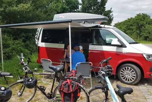 Hire a motorhome in Wandlitz from private owners| VW T6 Cali2017