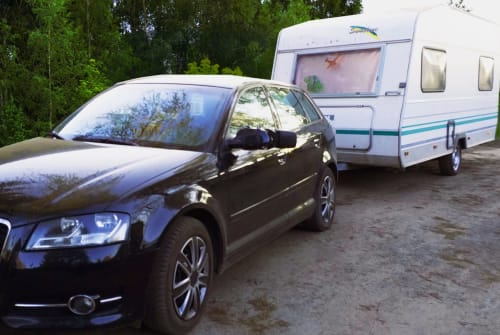Hire a motorhome in Berlin from private owners| KNAUS CUPID