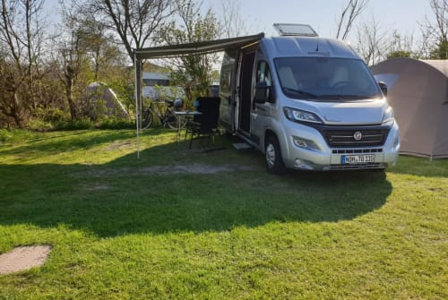 Hire a motorhome in Nordhorn from private owners| Rapido Auri