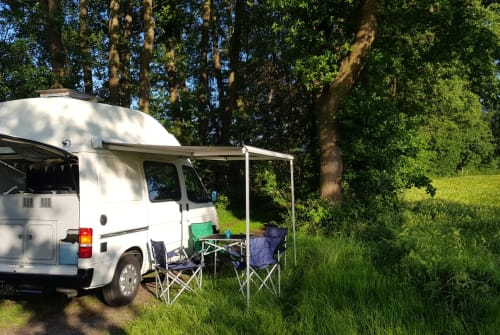 Hire a motorhome in Gütersloh from private owners| Ford Eule