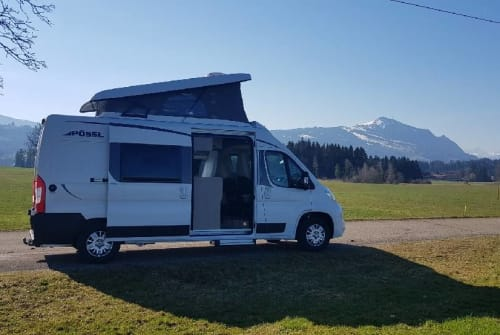 Hire a motorhome in Sulzberg from private owners| Pössl Familiencruiser