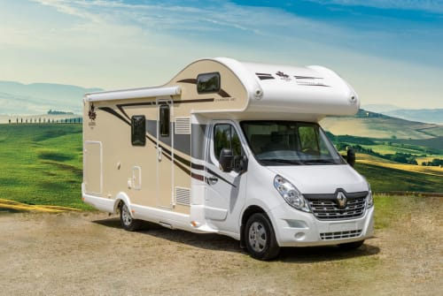Hire a motorhome in Apolda from private owners| Renault  Gabi
