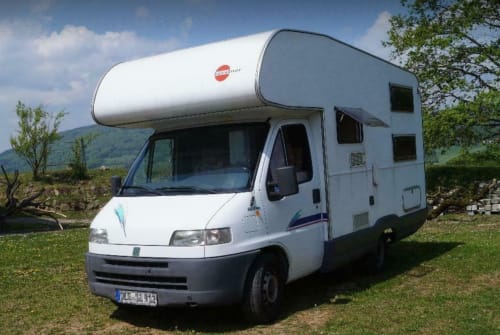 Hire a motorhome in München from private owners| Bürstner / Fiat Safahome