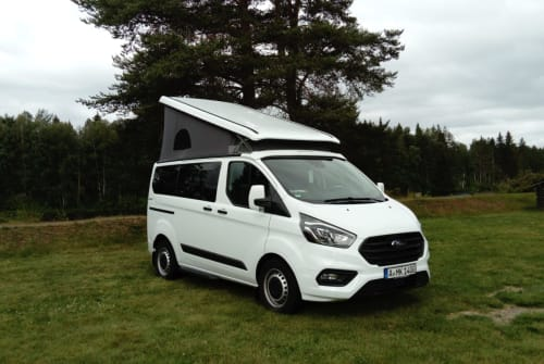 Hire a motorhome in Stadtbergen from private owners| Ford Salzi