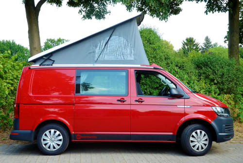 Hire a motorhome in Bremen from private owners| VW  Red Devil