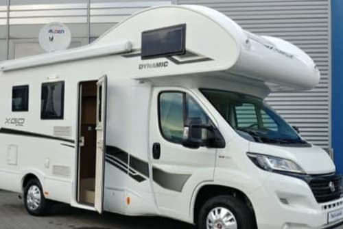 Hire a motorhome in Berlin from private owners  Fiat Svendys