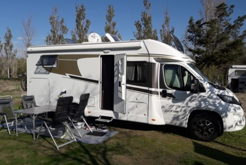 Hire a motorhome in Heidelberg from private owners  Carado Henrys Carado