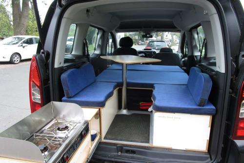 Hire a motorhome in Bremen from private owners| Citroen Campmobil Bergo