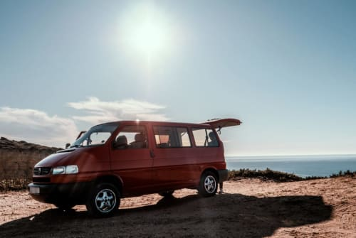 Hire a motorhome in Berlin from private owners| WV Adamastor