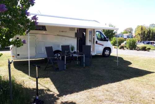 Hire a motorhome in Wesseln from private owners| Dethleffs Dethleffs
