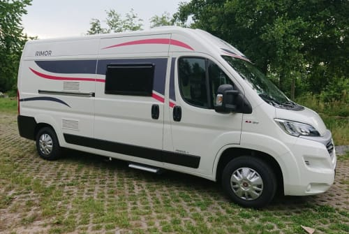 Hire a motorhome in Breydin from private owners  Rimor Horus 45 2020