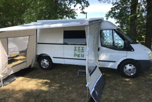 Hire a motorhome in Purmerend from private owners| Ford IZI Camper