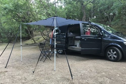 Hire a motorhome in Neuss from private owners| Mercedes Viano