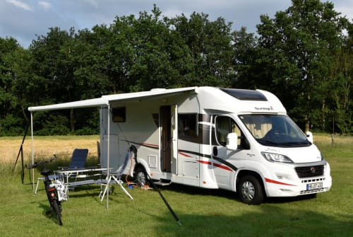 """Hire a motorhome in Bremen from private owners  Fiat Ducato - """"Sunlight"""" Britho 1"""
