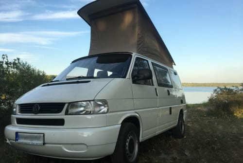 Hire a motorhome in Leipzig from private owners| VW St.Luis