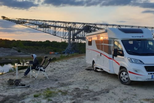 Hire a motorhome in Erfurt from private owners  Sunlight  *SATURN *