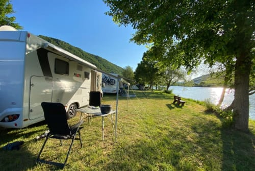 Hire a motorhome in Delbrück from private owners| Pilote Moby Dick