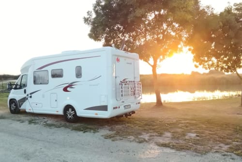 Hire a motorhome in Usingen from private owners| Eura Mobil Happy Days