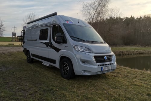 Hire a motorhome in Burgthann from private owners| Knaus Knausi