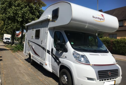 Hire a motorhome in Röthenbach an der Pegnitz from private owners| Fiat Mobby