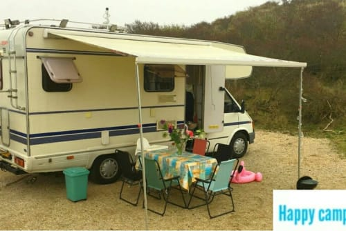 Hire a motorhome in Haarlem from private owners| Ford Granduca Happy Camper